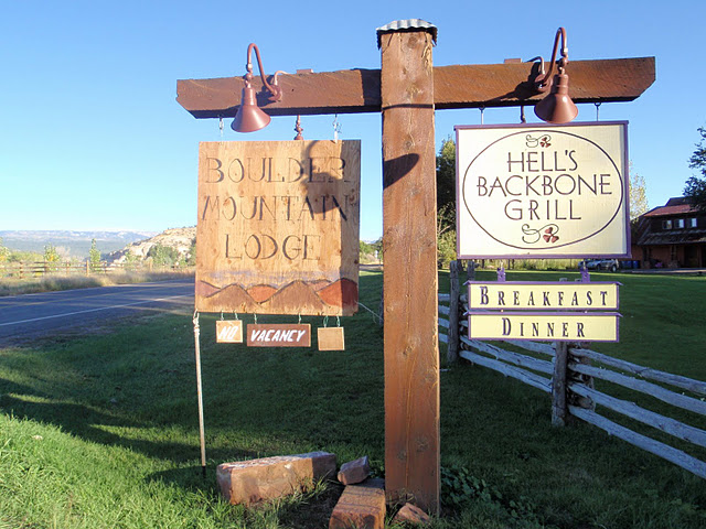 Boulder Mt Lodge & Hell's Backbone Sign