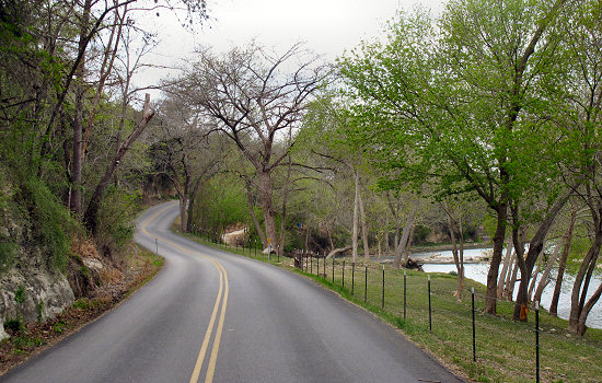 River Road on the way to Gruene