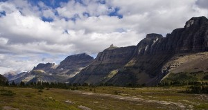 800px-Garden_Wall_Logan_Pass_GNP1