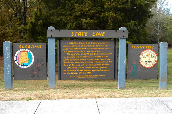 State Line between Alabama and Tennesee