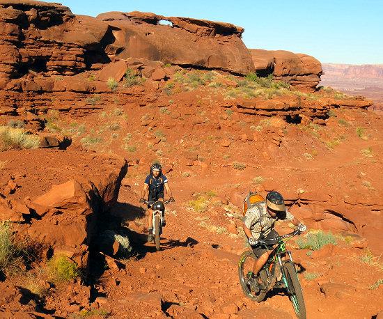 Climbing through the redrocks