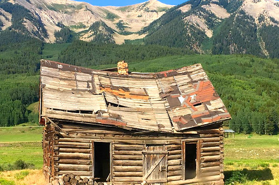 Old mining shack in Crested Butte