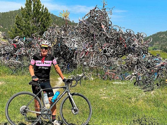Bicycle sculpture in Pringle, South Dakota
